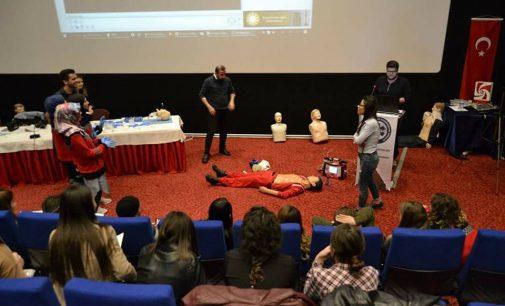 Burdur'da Temel ve İleri Yaşam Desteği Konulu Eğitim Düzenledik