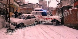 Boyabatta-Ambulans-Kaza-Yapti-640x320