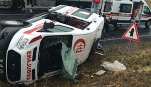 agri-da-ambulans-devrildi-6-yarali-76775-5